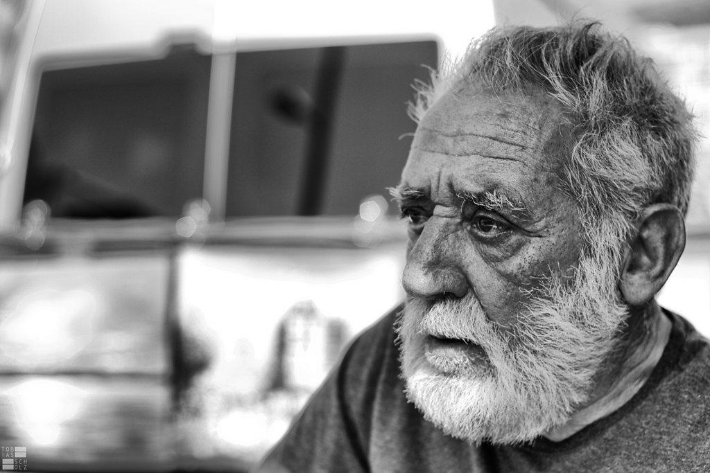 old-man-by-kn3xx-d4mbg8l.jpg